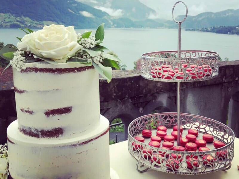 Hochzeitstorte für Brautpaar